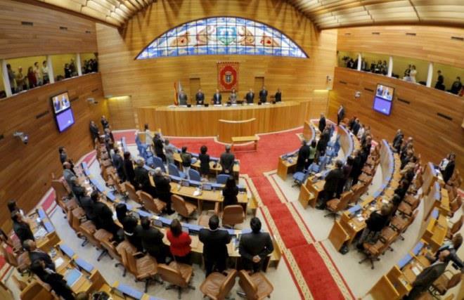 Rosa y Víctor (1º Bach.) serán los representantes del colegio en el Parlamento gallego