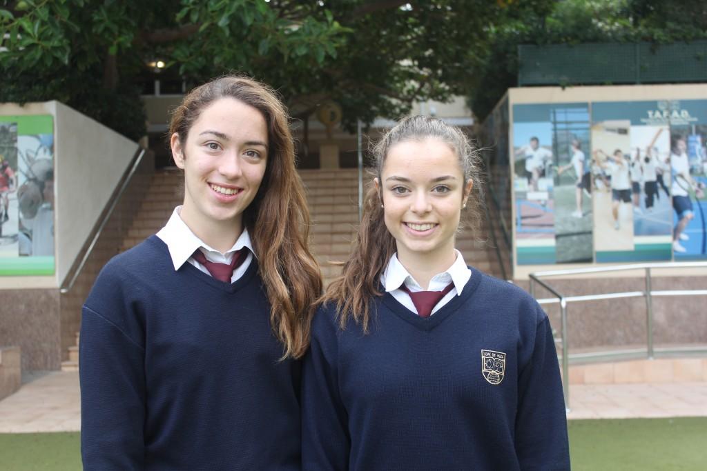 Nicole y Silvana, las dos alumnas premiadas en Secundaria