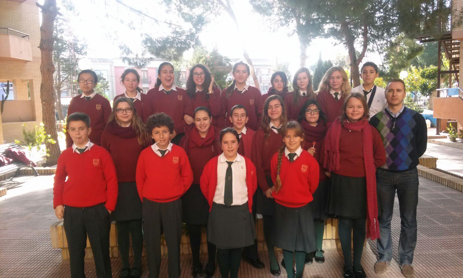 El Coro cantó en la Residencia Santa Marta de Villajoyosa